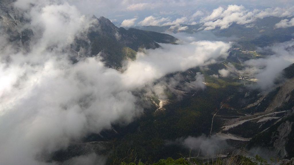 Pogled sa vrha Slemenove špice
