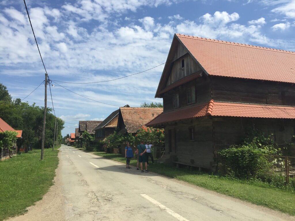 Selo graditeljske baštine, Krapje